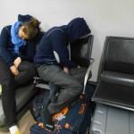 On dort comme on peut dans un aéroport !